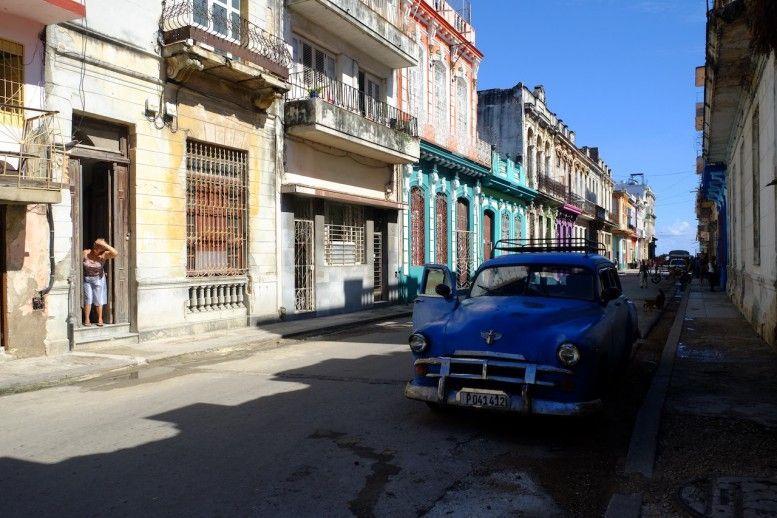"""La casa de azul, es """"Casa Marina"""", nuestro alojamiento en La Habana"""