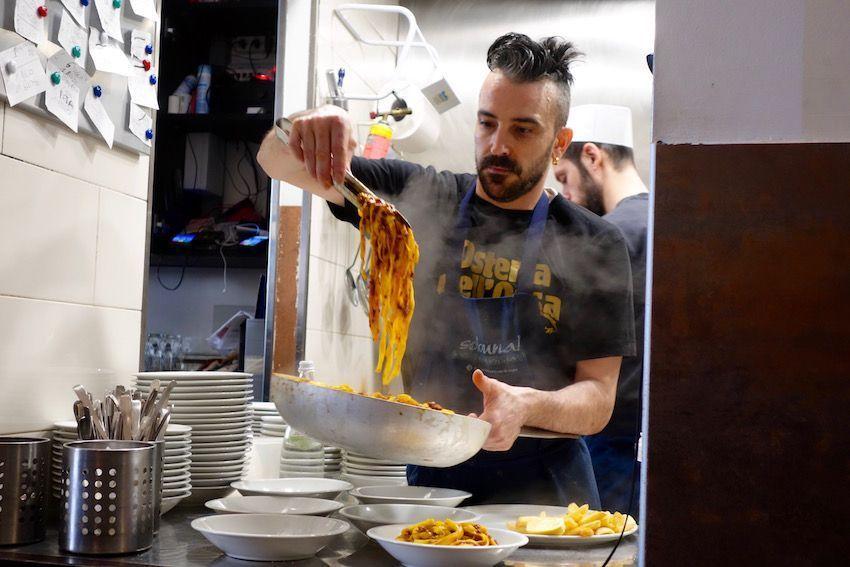 Tagliatelle a la bolognesa en Osteria  dell' Orsa (Bolonia)