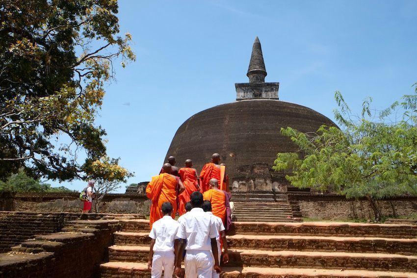 La dagoba Rankot Vihara -  Polonnaruwa