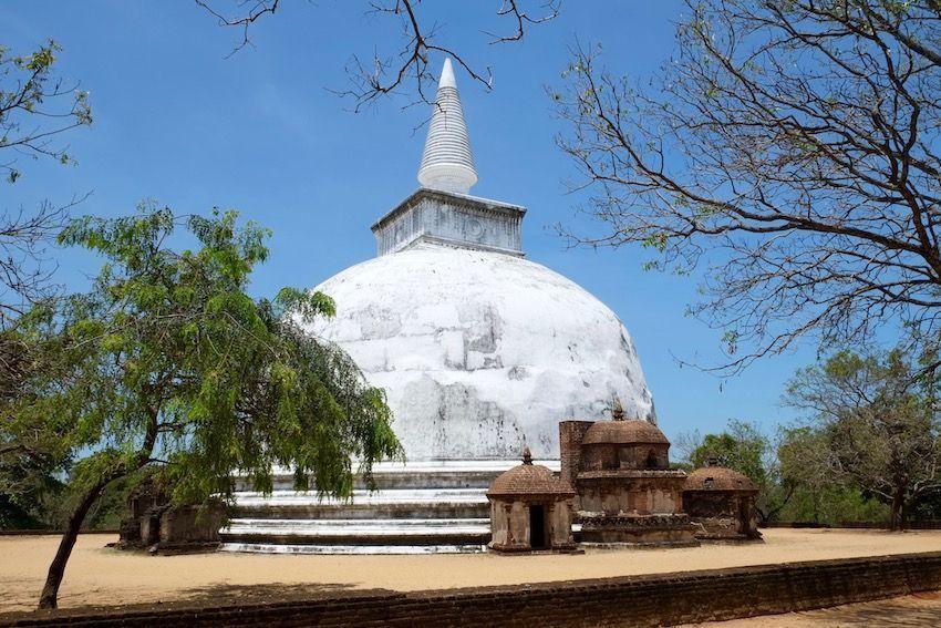Kiri Vihara - Polonnaruwa