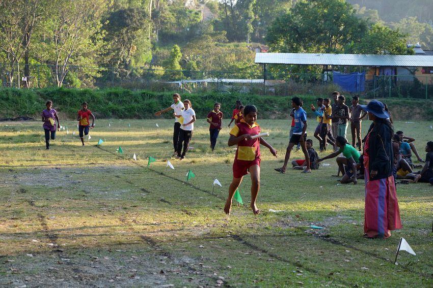 Competiciones deportivas en un colegio de Ella
