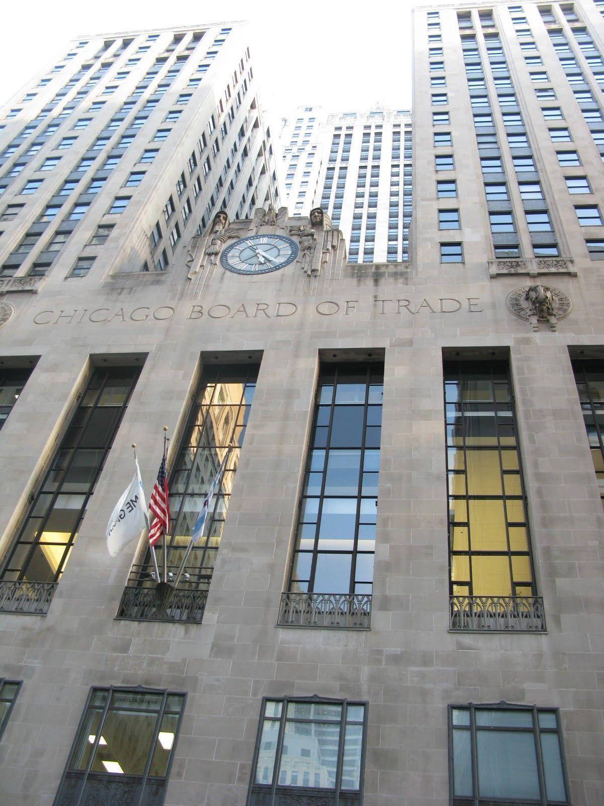 El famoso reloj de la Cámara de Comercio de Chicago que sale en la película Batman Begins